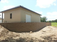 Pearland, Texas Retaining Wall, Step System, Travertine, Drainage System, Fire Pit, Fire Place